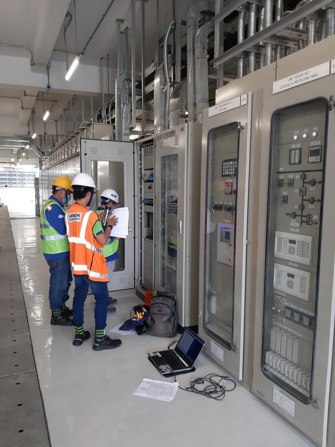 Cận cảnh 2 đoàn tàu số 6, 7 và đóng điện trạm biến áp của tuyến metro số 1 ảnh 6