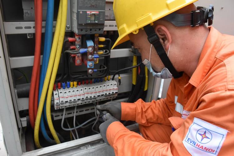 Đảm bảo cho sinh viên, công nhân, người lao động thuê trọ được hưởng chính sách giá điện của Nhà nước ảnh 1