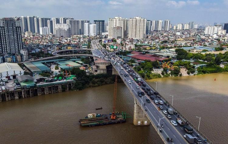 Công trường hơn 2.500 tỷ bắc qua sông Hồng ảnh 14