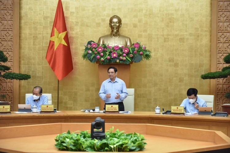 Thủ tướng chủ trì họp khẩn với Ban Chỉ đạo Quốc gia phòng, chống COVID-19 ảnh 1