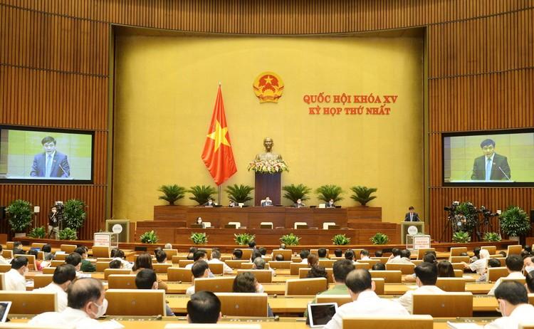 Quốc hội thông qua việc bổ sung nội dung về phòng, chống dịch COVID-19 vào Nghị quyết của Kỳ họp thứ nhất ảnh 1