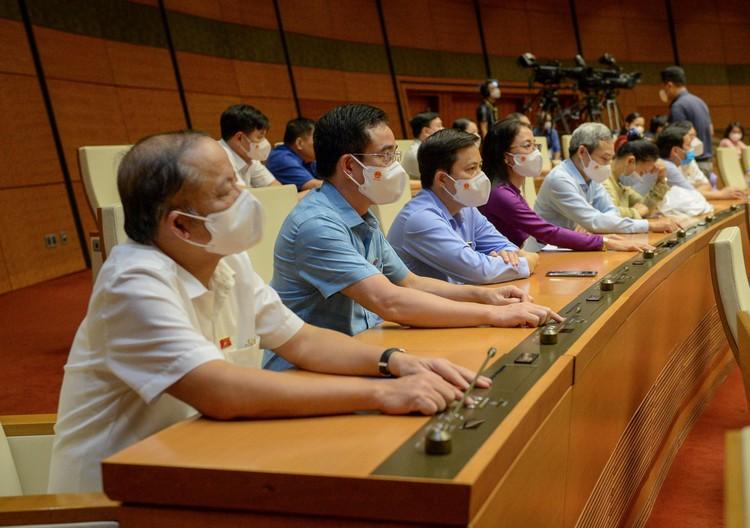 Quốc hội thông qua Nghị quyết về Chương trình giám sát của Quốc hội năm 2022 ảnh 1