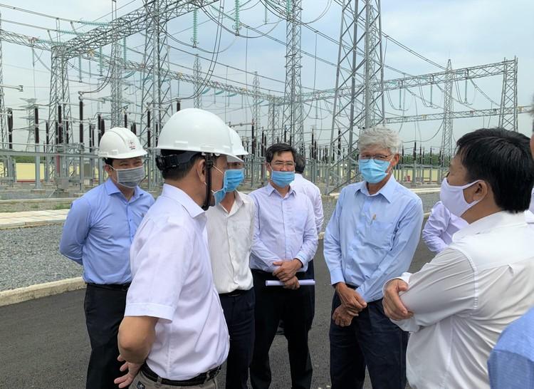 EVNSPC: Đầu tư, phân phối điện bị ảnh hưởng bởi dịch COVID-19 ảnh 1