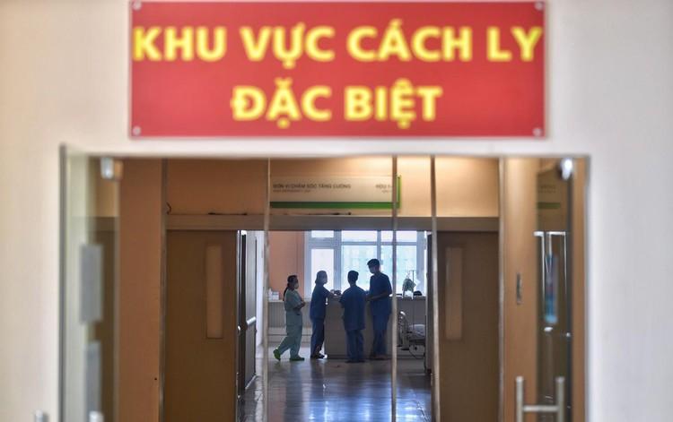 36 giờ thành lập Trung tâm Hồi sức Covid-19 tại TP.HCM ảnh 5