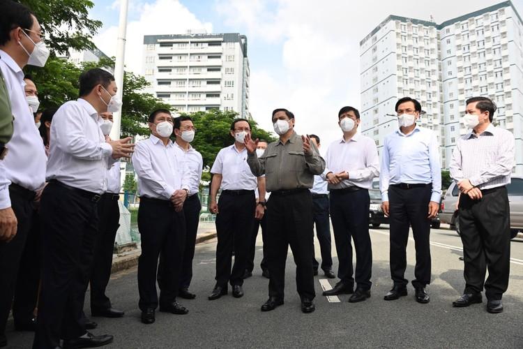 Thủ tướng Chính phủ Phạm Minh Chính phân công nhiệm vụ chỉ đạo điều hành chống dịch Covid-19 ảnh 1