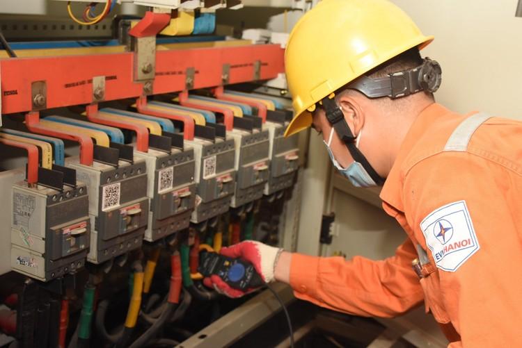 EVNHANOI giảm tiền điện 530 tỷ đồng cho đợt 4 trong kỳ hóa đơn 8 và 9/2021 ảnh 2