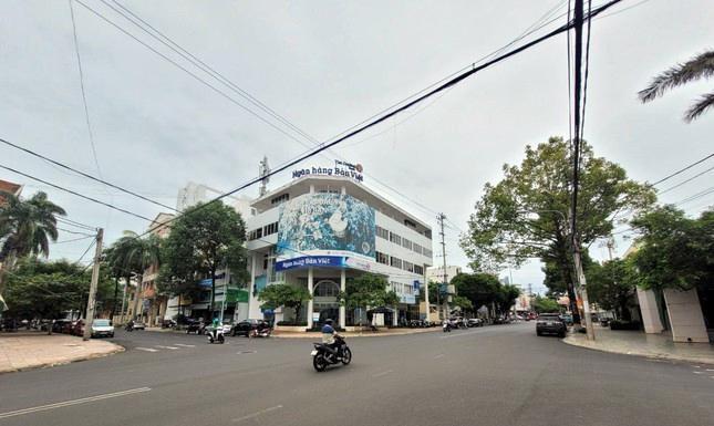 Cận cảnh loạt trụ sở 'đất vàng' được bán đấu giá ở Đắk Lắk ảnh 6