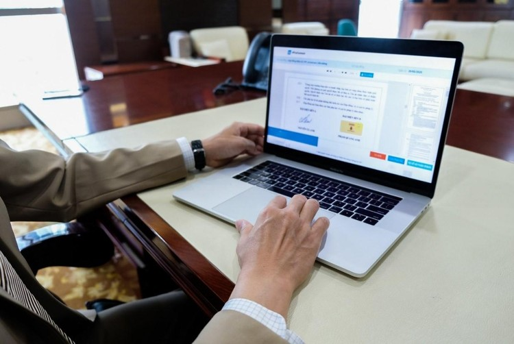 Doanh nghiệp Việt giao dịch thông suốt với hợp đồng số, hóa đơn điện tử ngay trong giãn cách ảnh 1