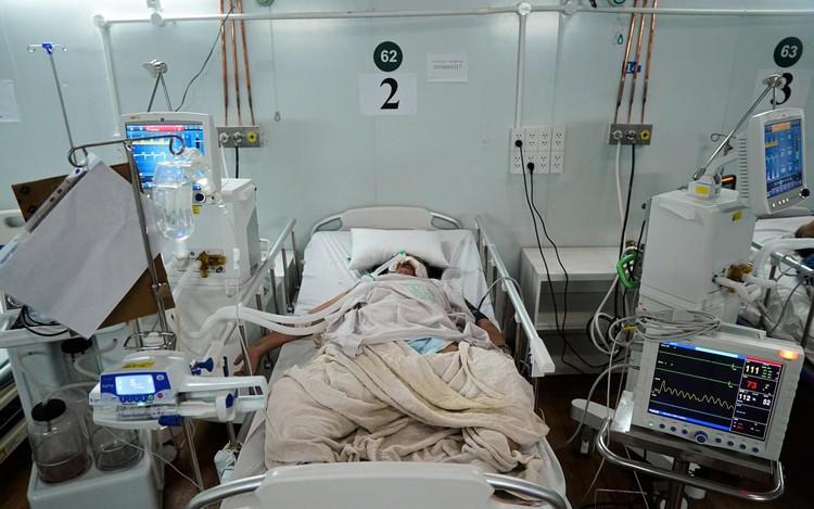 Trung tâm hồi sức cấp cứu F0 được lập từ nhà xưởng ở TP.HCM ảnh 12