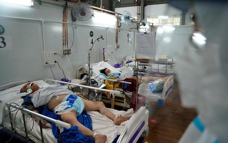 Trung tâm hồi sức cấp cứu F0 được lập từ nhà xưởng ở TP.HCM ảnh 4