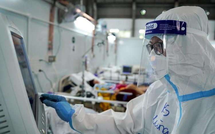 Trung tâm hồi sức cấp cứu F0 được lập từ nhà xưởng ở TP.HCM ảnh 6