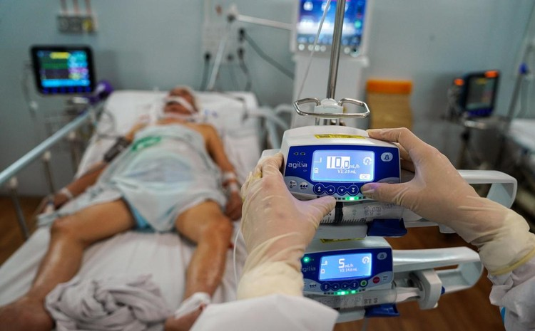 Trung tâm hồi sức cấp cứu F0 được lập từ nhà xưởng ở TP.HCM ảnh 7