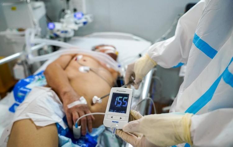 Trung tâm hồi sức cấp cứu F0 được lập từ nhà xưởng ở TP.HCM ảnh 8