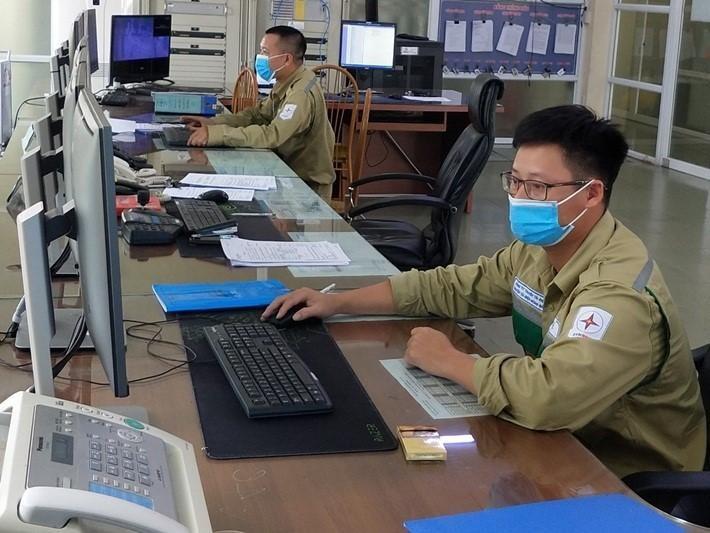 EVNNPT làm chủ công nghệ điều khiển tích hợp trạm biến áp ảnh 1