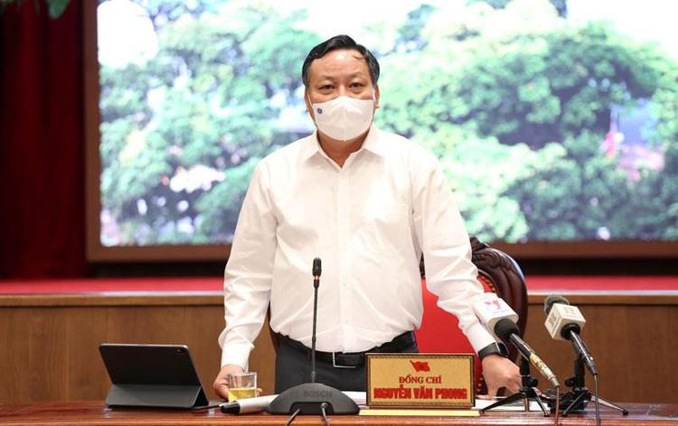 Ban Thường vụ Thành ủy Hà Nội quyết định giãn cách xã hội đến 6h ngày 6/9/2021 ảnh 2