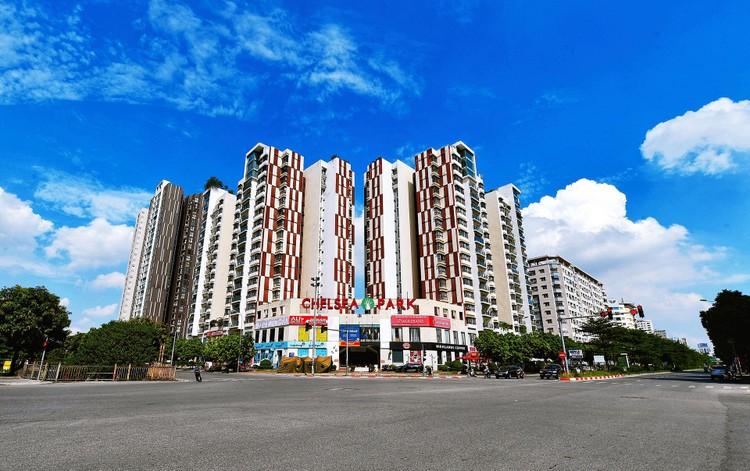 Quảng trường, các nút giao ở Hà Nội trong ngày giãn cách ảnh 21