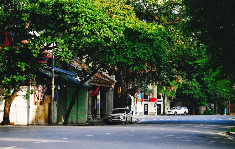 Quảng trường, các nút giao ở Hà Nội trong ngày giãn cách ảnh 5