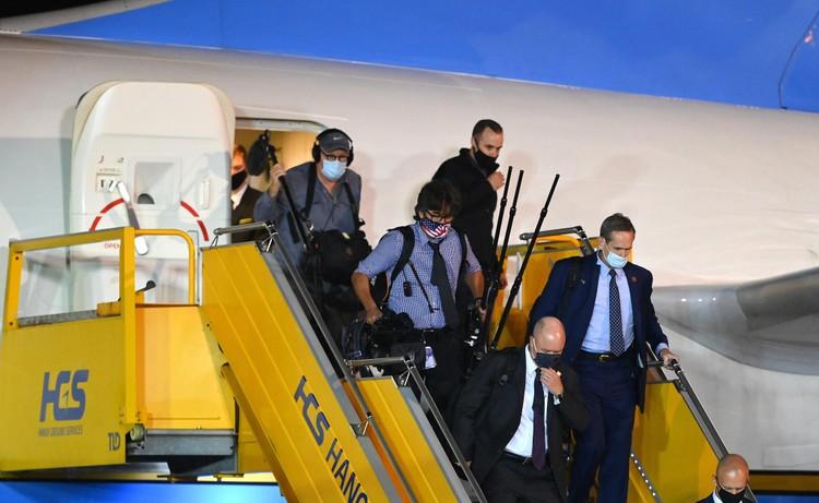 Không lực 2 đưa Phó Tổng thống Mỹ tới Hà Nội thăm chính thức Việt Nam ảnh 9