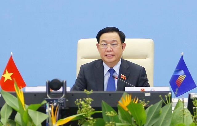Đại hội đồng AIPA 42: Chủ tịch Quốc hội Vương Đình Huệ ký Thông cáo chung tại Phiên toàn thể thứ hai ảnh 5