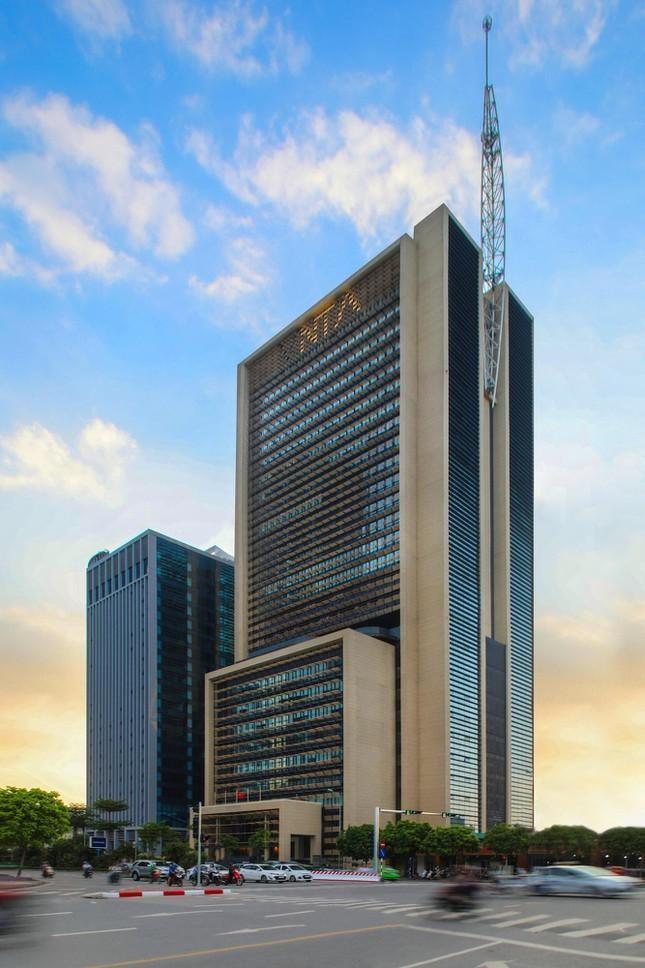 Những tòa cao ốc có kiến trúc độc đáo ở Hà Nội ảnh 9