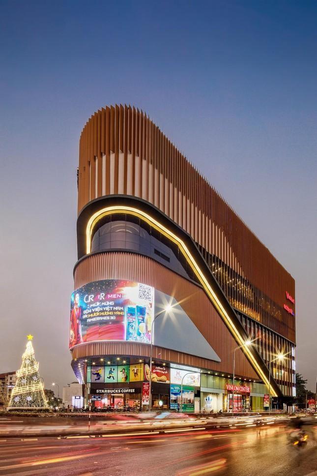 Những tòa cao ốc có kiến trúc độc đáo ở Hà Nội ảnh 11
