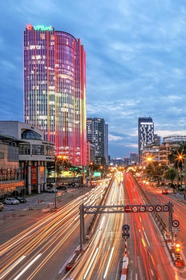 Những tòa cao ốc có kiến trúc độc đáo ở Hà Nội ảnh 4