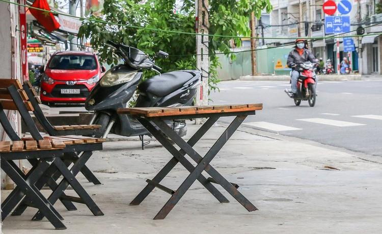Hàng quán Nha Trang vẫn đóng cửa sau nới lỏng giãn cách ảnh 3