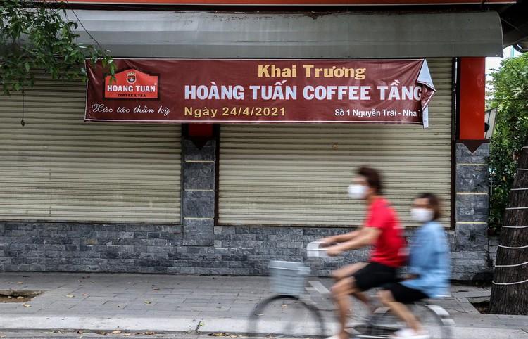 Hàng quán Nha Trang vẫn đóng cửa sau nới lỏng giãn cách ảnh 8