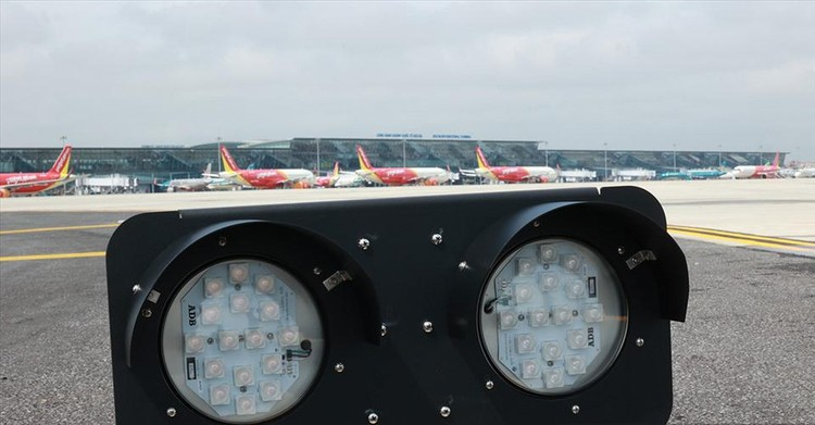 Đường băng 1B sân bay Nội Bài chính thức đi vào hoạt động ảnh 2