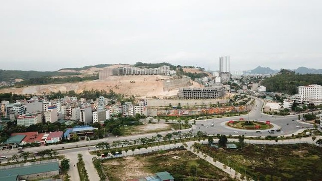 Quảng Ninh: Công an phát hiện hàng chục sàn môi giới BĐS hoạt động 'chui' ở Hạ Long ảnh 2