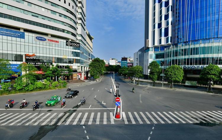 Giao thông Hà Nội sáng ngày thứ 50 giãn cách xã hội ảnh 5