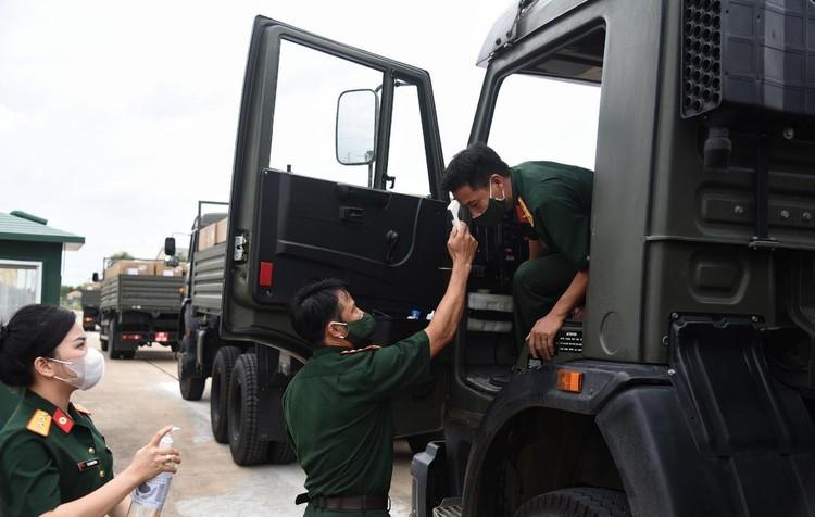 Những trang bị quân sự góp phần chống dịch tại TP.HCM ảnh 2