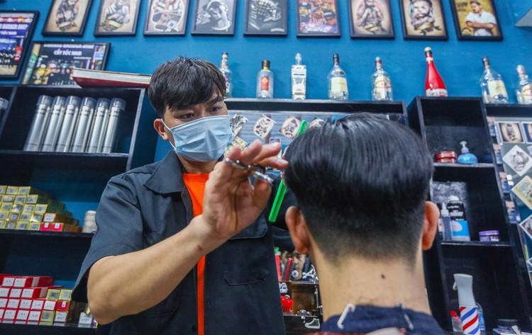 Từ 21/9, Hà Nội mở lại nhiều hoạt động, có cắt tóc gội đầu ảnh 2