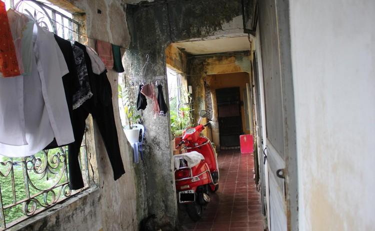 Cận cảnh 4 khu chung cư nguy hiểm cấp D ở Hà Nội sắp được cải tạo ảnh 10
