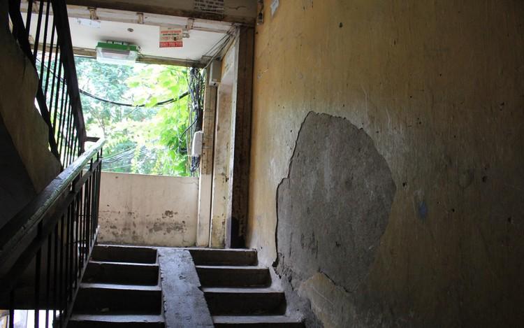 Cận cảnh 4 khu chung cư nguy hiểm cấp D ở Hà Nội sắp được cải tạo ảnh 22