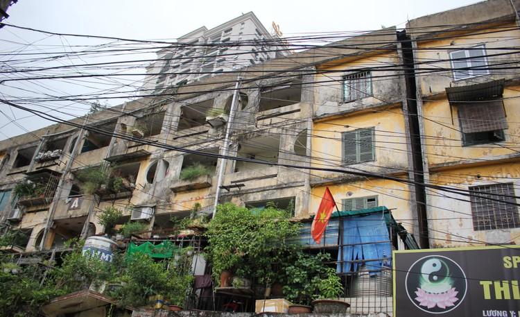 Cận cảnh 4 khu chung cư nguy hiểm cấp D ở Hà Nội sắp được cải tạo ảnh 7