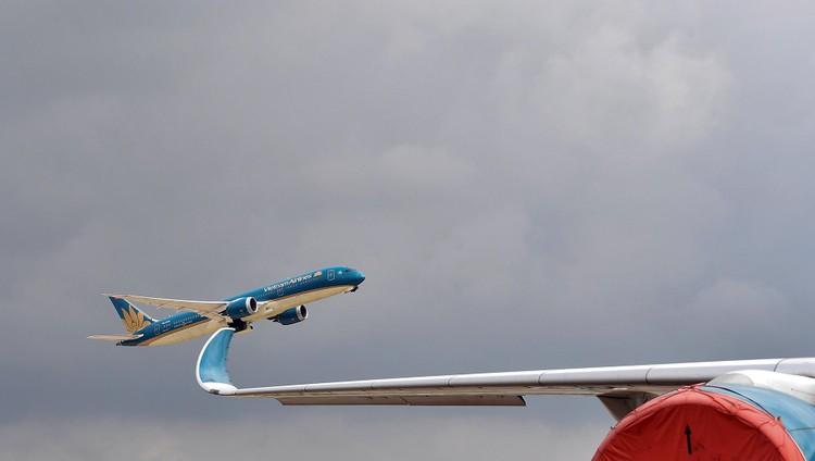 Sân đỗ Nội Bài sau đề xuất mở lại gần 400 chuyến bay nội địa ảnh 12