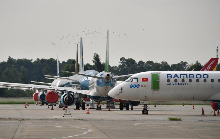 Sân đỗ Nội Bài sau đề xuất mở lại gần 400 chuyến bay nội địa ảnh 2