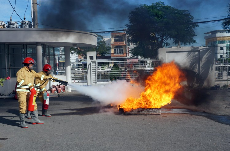 EVNSPC: Bảo đảm an toàn phòng cháy chữa cháy trong bối cảnh dịch bệnh Covid-19 ảnh 2