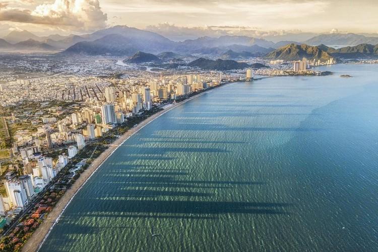 Du lịch tái khởi động, tạo triển vọng cho bất động sản ven biển ảnh 2