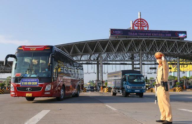 Chính thức tổ chức vận tải bằng xe khách trên toàn quốc từ 13/10 ảnh 1