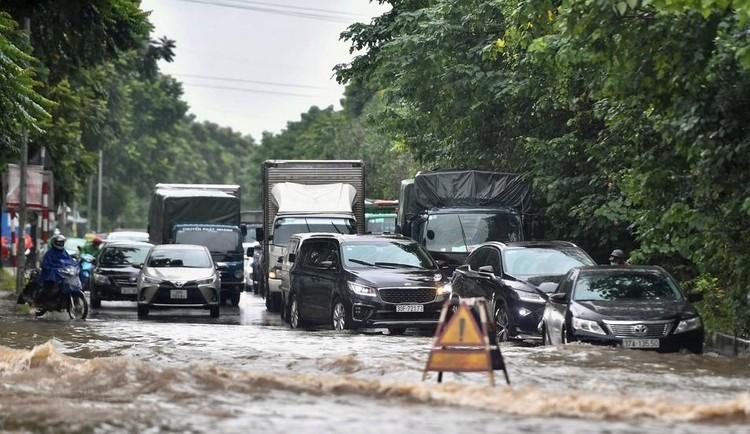 Thiên đường Bảo Sơn bị ngập nhiều giờ sau trận mưa lớn ảnh 2