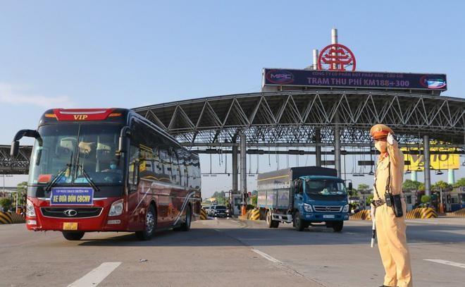 21 địa phương sẵn sàng vận chuyển hành khách liên tỉnh từ ngày 13/10 ảnh 1