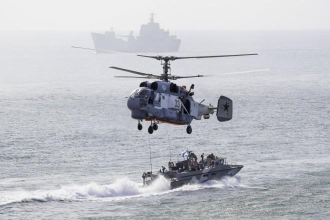 Cuộc tập trận phô diễn sức mạnh của Nga ở Crimea ảnh 5