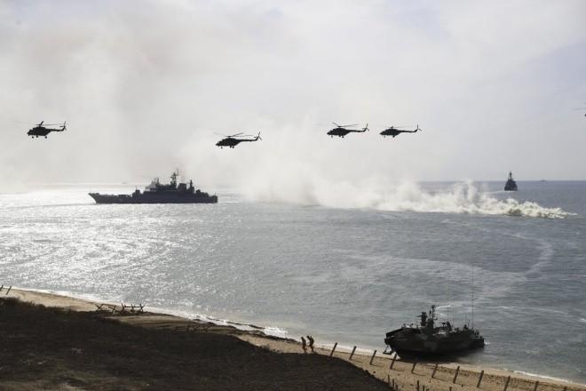 Cuộc tập trận phô diễn sức mạnh của Nga ở Crimea ảnh 6