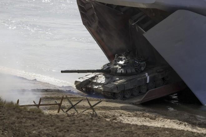 Cuộc tập trận phô diễn sức mạnh của Nga ở Crimea ảnh 7