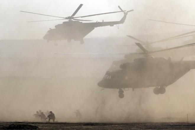 Cuộc tập trận phô diễn sức mạnh của Nga ở Crimea ảnh 8