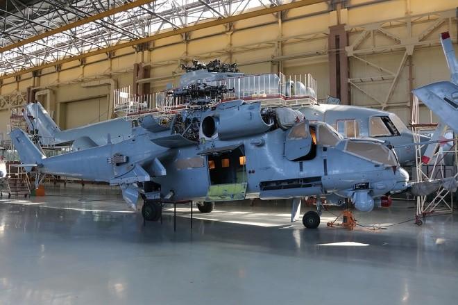 Bên trong nhà máy sản xuất trực thăng 'thợ săn đêm' Mi-28NE ảnh 9