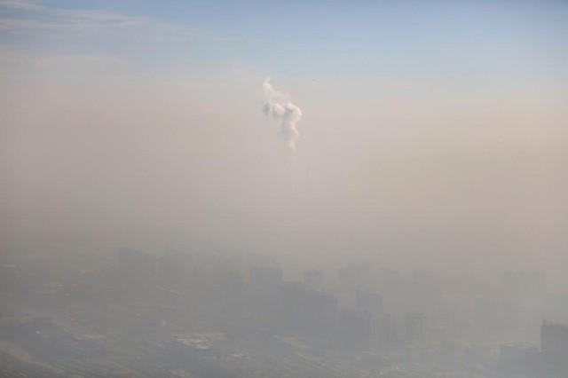 Ô nhiễm không khí ở Trung Quốc vượt quy chuẩn của WHO 100 lần ảnh 2