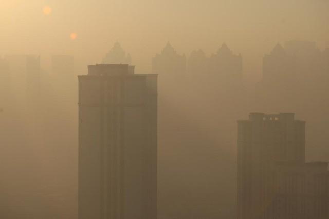 Ô nhiễm không khí ở Trung Quốc vượt quy chuẩn của WHO 100 lần ảnh 11